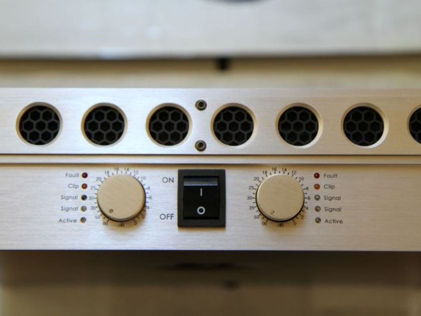 Face Audio F1200TS stereo amp - brand new