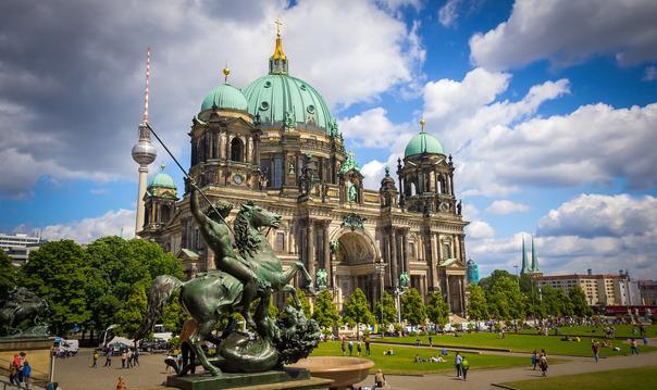 Автомобильная экскурсия по Берлину