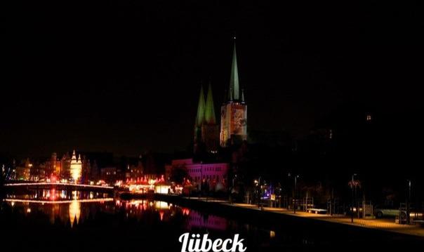 Любек-столица Ганзы на берегу Балтики.