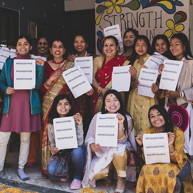 act for ethics, mouvement social et solidaire, commerce équitable, indépendance des femmes , formations, tapis de yoga, resilient her
