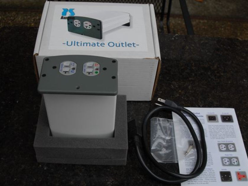 PS Audio Ultimate Outlet 15a high current