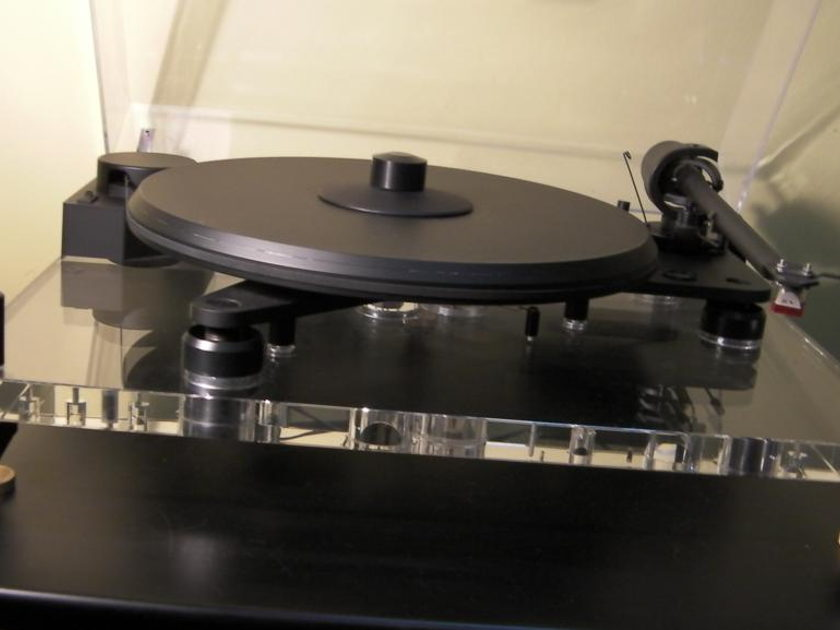 Pro-Ject Perspective Turntable + Dynavector 20A MC Cartridge + Extras  (Free Ship & PayPal)