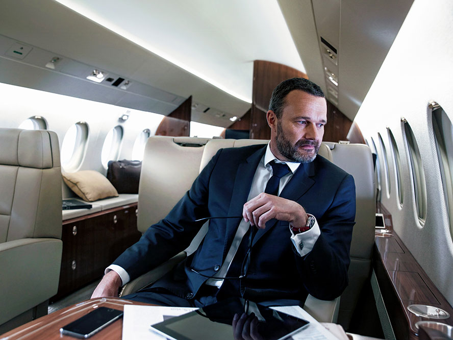 Luxembourg - Choosing your private jet partner: broker versus operator
