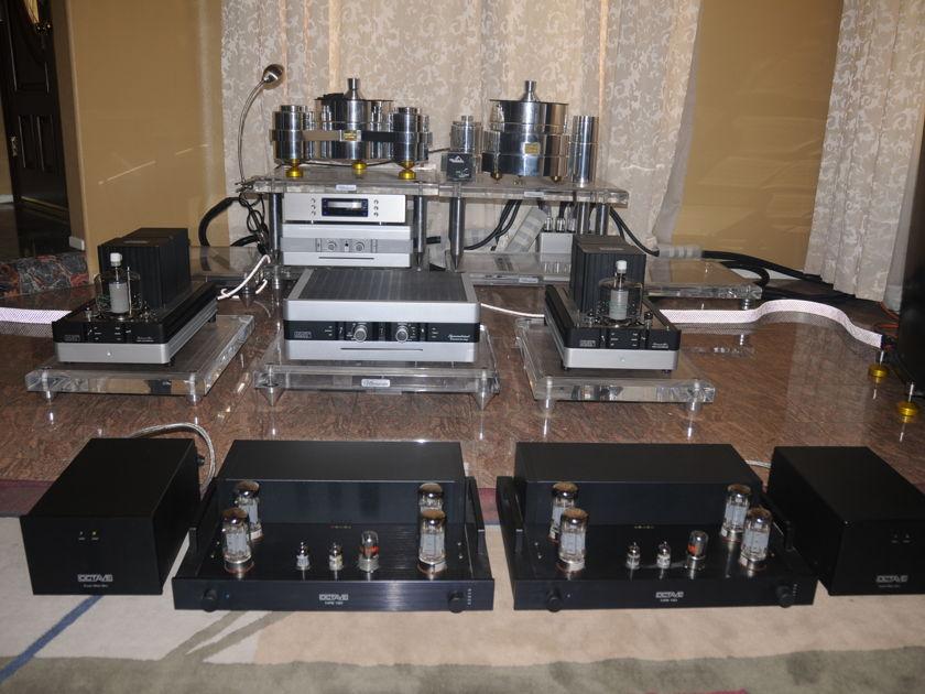 OCTAVE AUDIO MRE 130 MONO BLOCK TUBE AMPLIFIER UPGRADED WITH SUPER BLACK BOX POWER SUPPLY