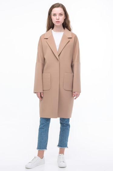 Пальто-кокон бежевого цвета