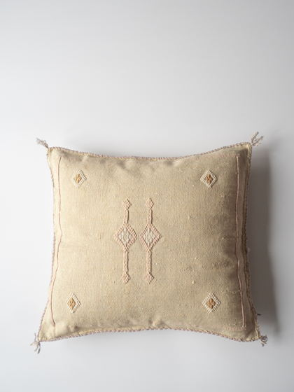 Подушка из шелка агавы Blanche