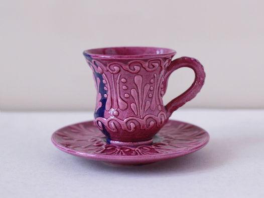 Керамическая чашка с блюдцем (сиреневый цвет)