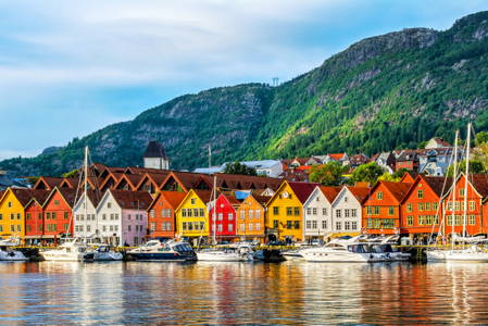 Historic Walking Tour in Bergen
