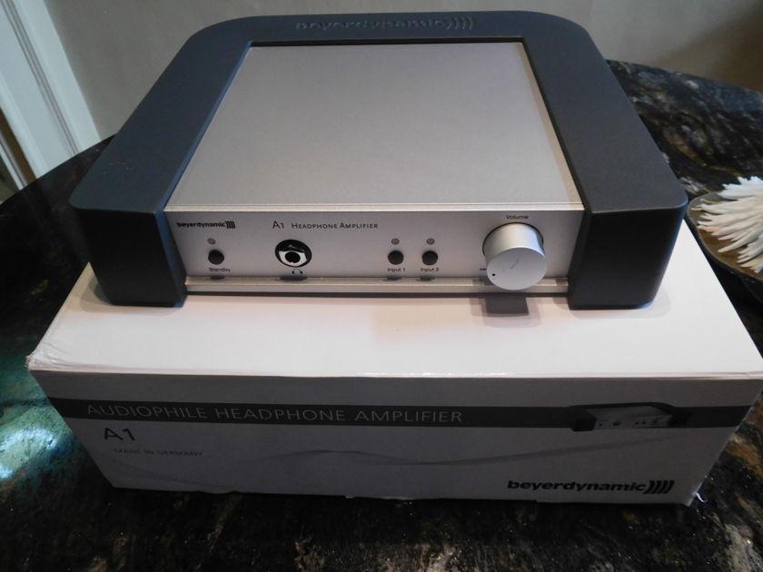 Beyerdynamics A-1 Headphone Amp