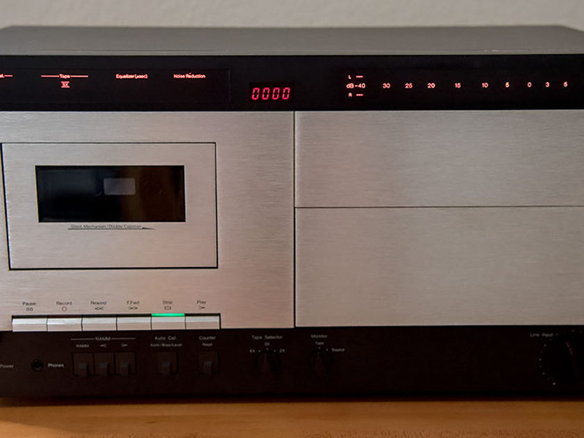Nakamichi 700zxe Cassette Deck ** REDUCED - Free Shipping **