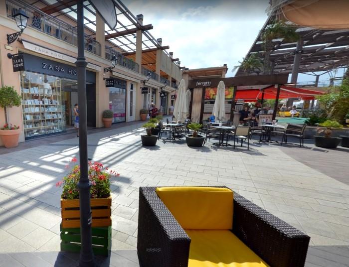 Inmersión China densidad  La Zenia Boulevard Shopping Center: Shopping Tips, Maps ...
