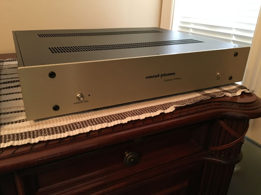 Conrad Johnson Premier 15 Series 2  Phono Preamplifier, Mint, as new condition
