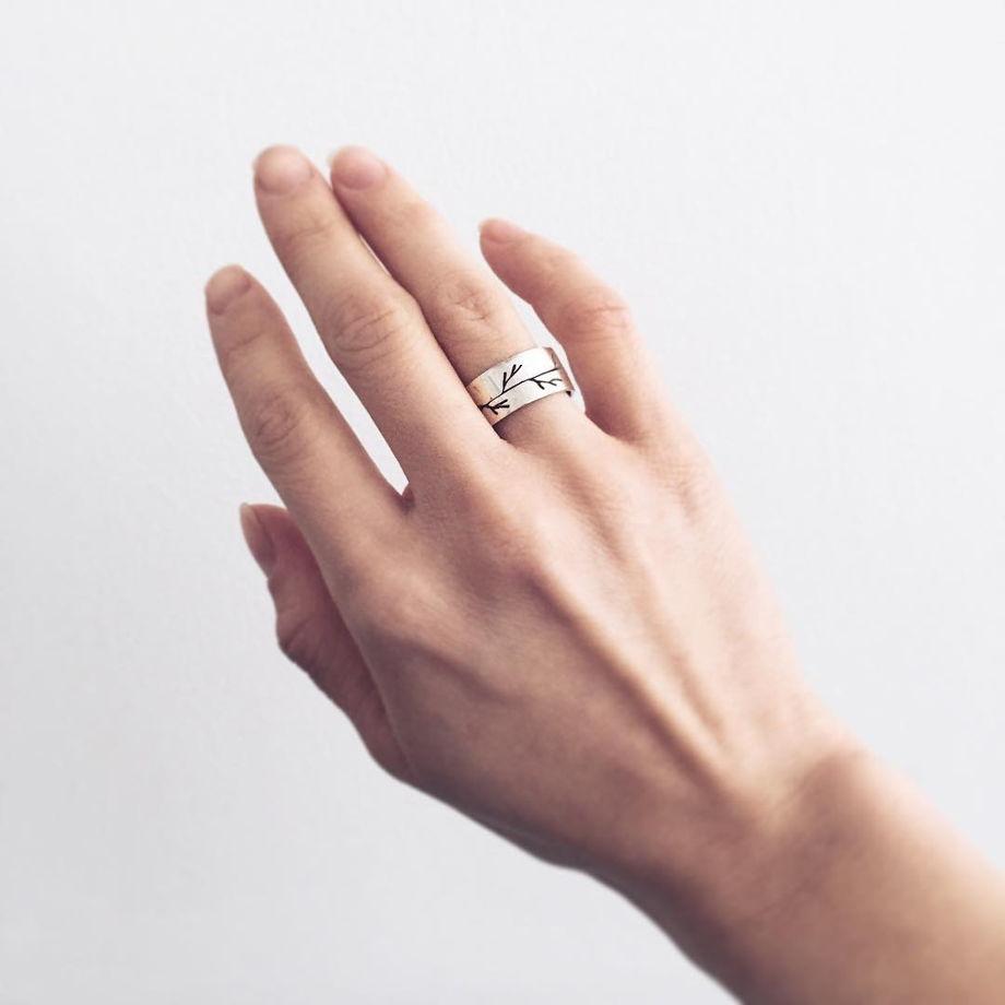 Кольцо из серебра Веточка