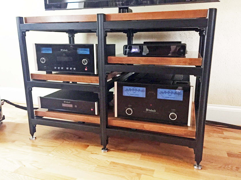 Steve Blinn Designs Beautiful Professional Grade Audio Rack,  Middle shelves independently adjustable