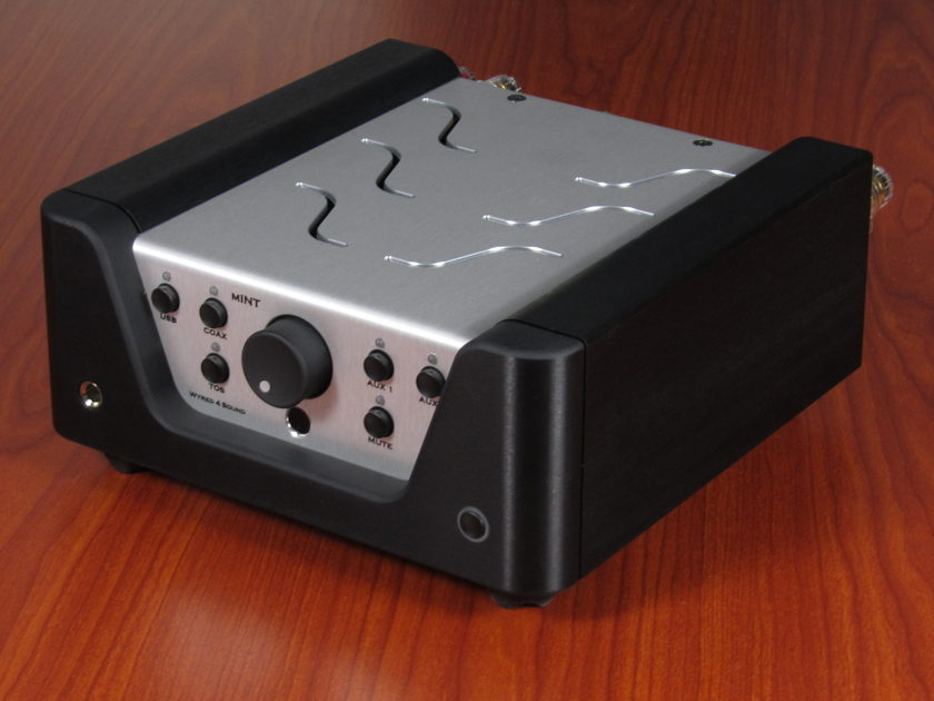 Wyred 4 Sound mini-Integrated 100wpc with built in DAC!