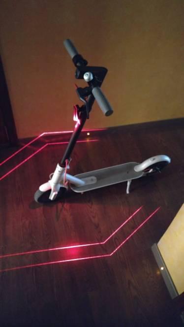 eclairage pour trottinette electrique laser