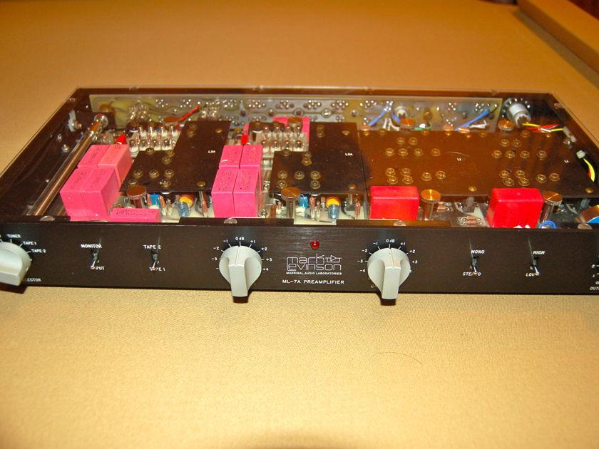 Mark Levinson  ML-7A preamplifier (L3A phono) PS-154 excellent
