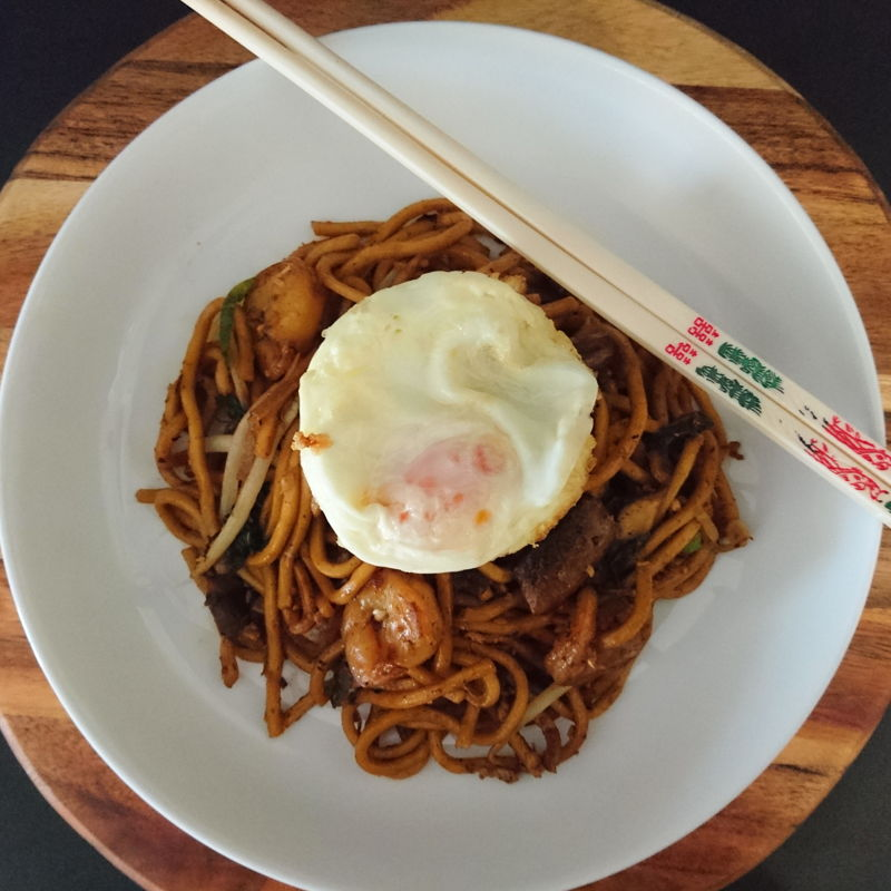 Date: 29 Nov 2019 (Fri) 40th Main: Mie Goreng Indonesia (Indonesian Fried Noodles) – Adien Recipe [124] [123.2%] [Score: 9.8] I had already prepared Mie Goreng Indonesia before [12 Oct 2019 (Sat)], but that recipe was from Seonkyoung Longest from Indonesia. So, to differentiate this dish I'm going to call it Mie Goreng Indonesia – Adien Recipe. Thank you, Adien for the recipe.