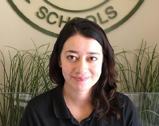 Laura Cossio , Auxiliary Teacher
