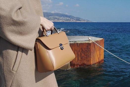 Мини сумка-портфель GEMMA из натуральной кожи цвета Tan