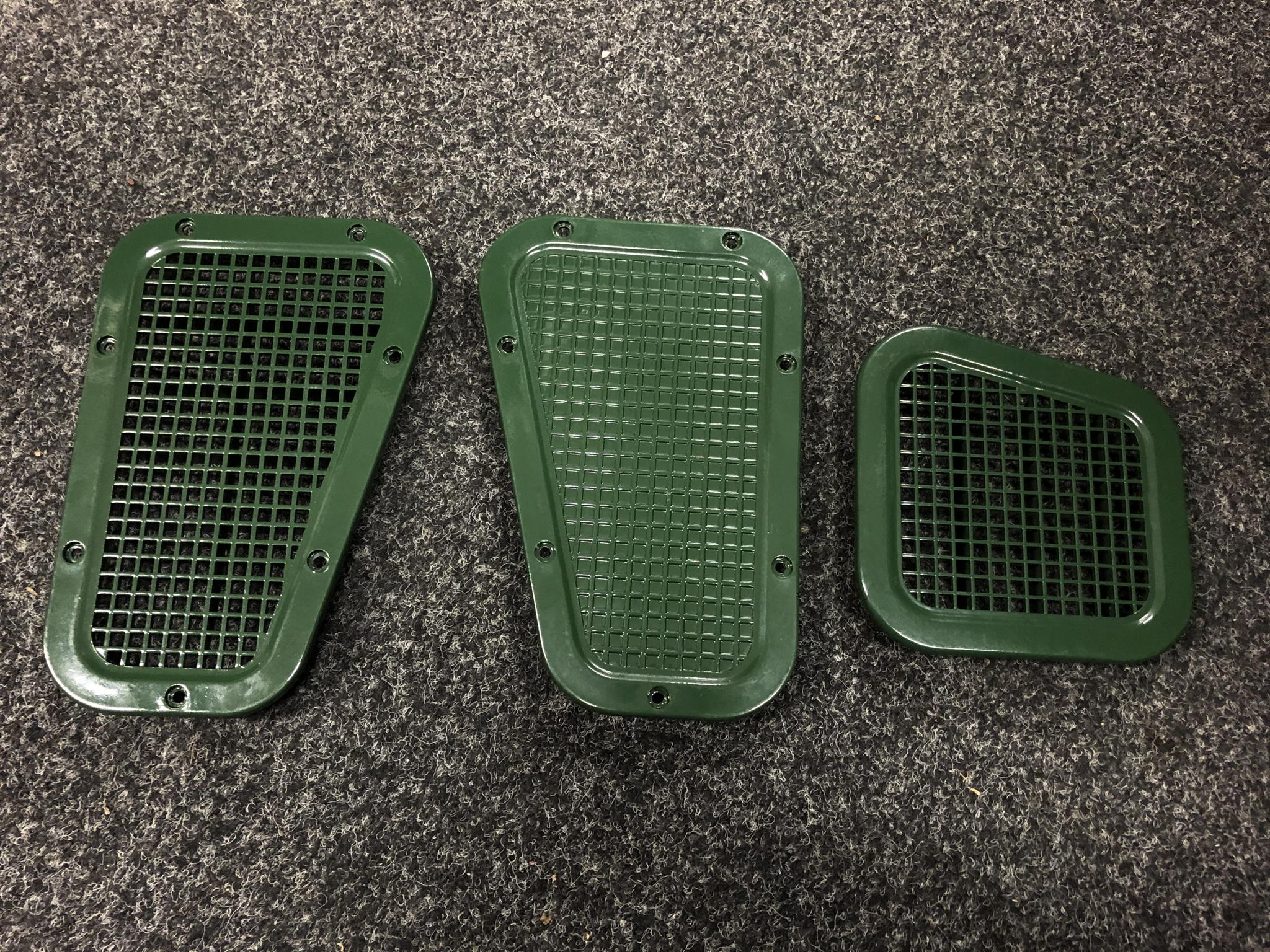 COLOUR CODED GENUINE LAND ROVER DEFENDER WINGTOP AND SIDE VENTS's featured image