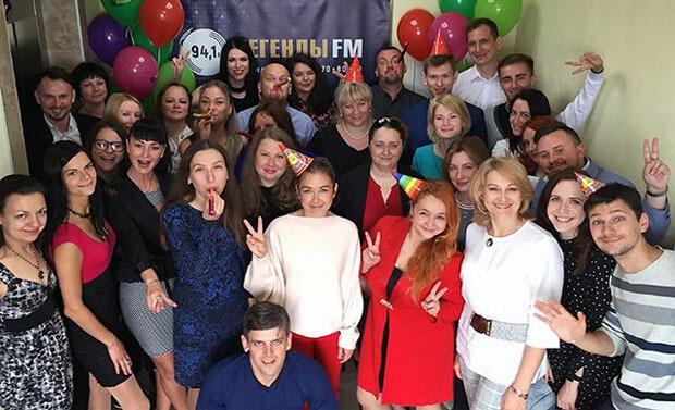 2 года «на волне»: Радио «Легенды FM» празднует День рождения - Новости радио OnAir.ru