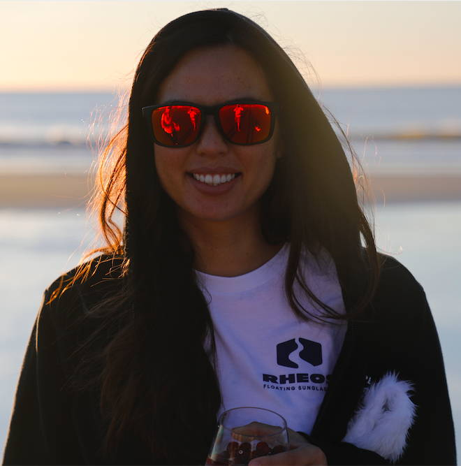 Karissa stays cozy at the beach in a sweatshirt and Coopers in gunmetal and thermal.