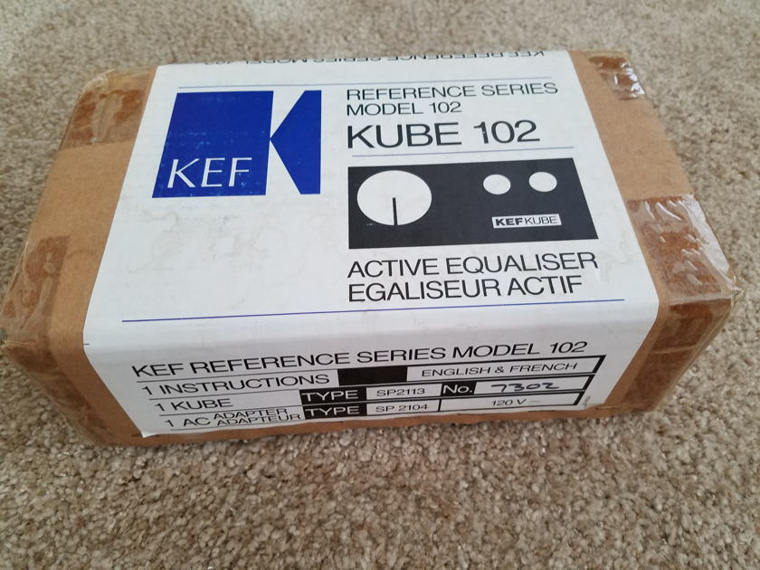 KEF 102 Reference Series Speakers with Kube and Stands