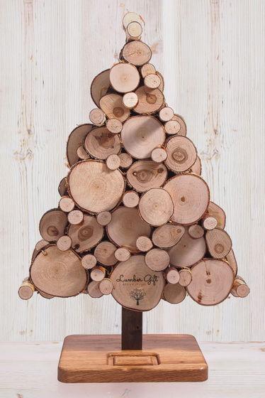 Настольная елка из срезов дерева