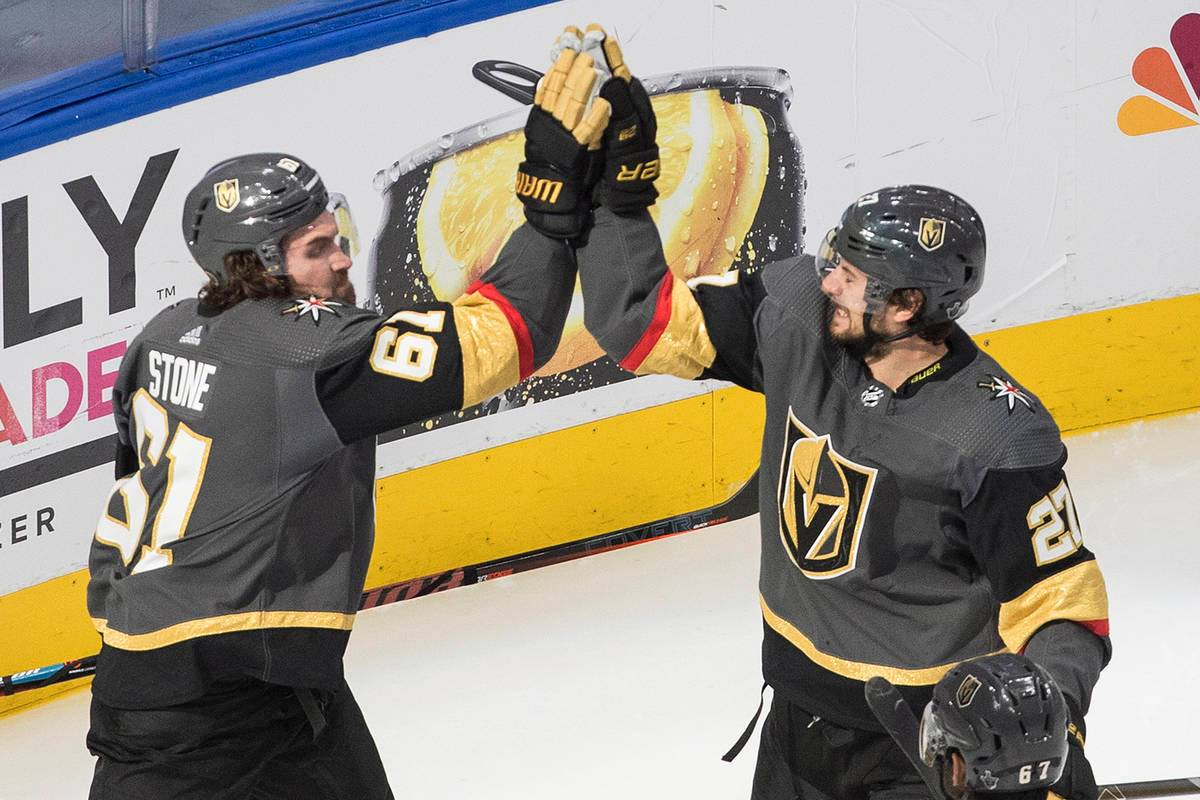 NHL Playoffs Free Picks And Predictions: August 28 - 30