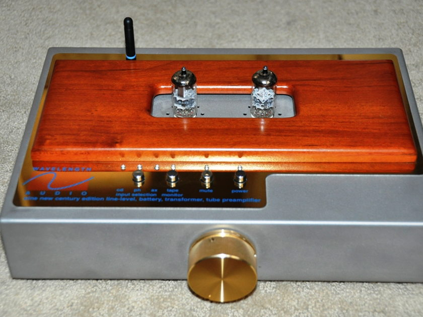 Wavelength Audio SINE New Century Edition Battery Tube Preamplifier