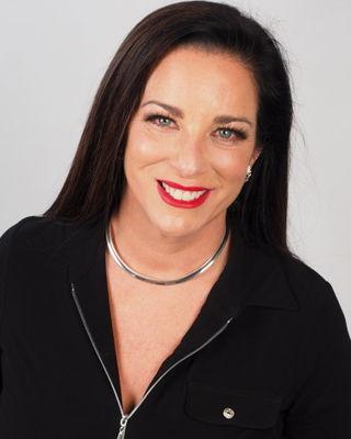 Lee Anne Caron