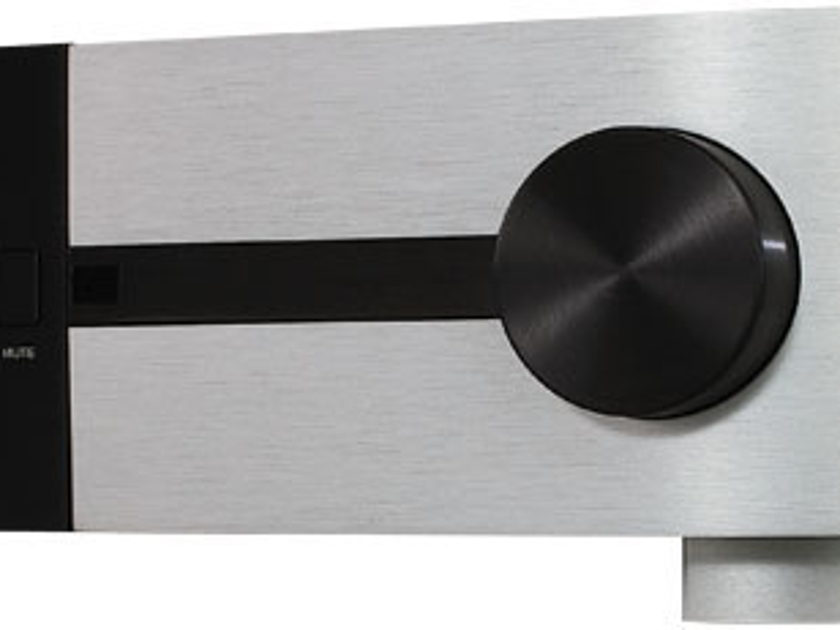 CLASSE CP-500 IN MINT CONDITIONS WITH MM/MC PHONO STAGE