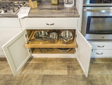 Kitchen Pull Out Shelf