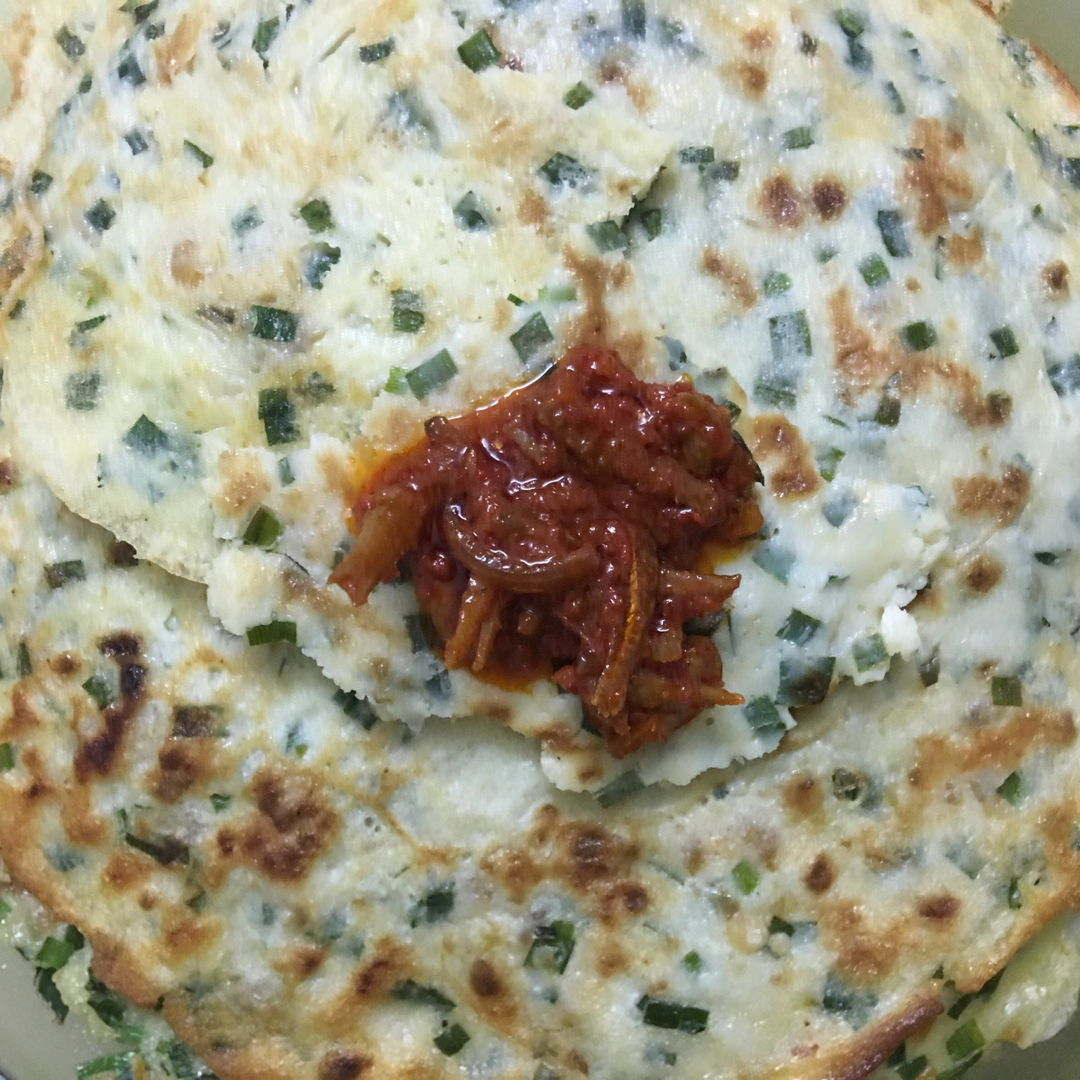 Chives pancakes with Sambal Nasi Lemak. Yummy 😋