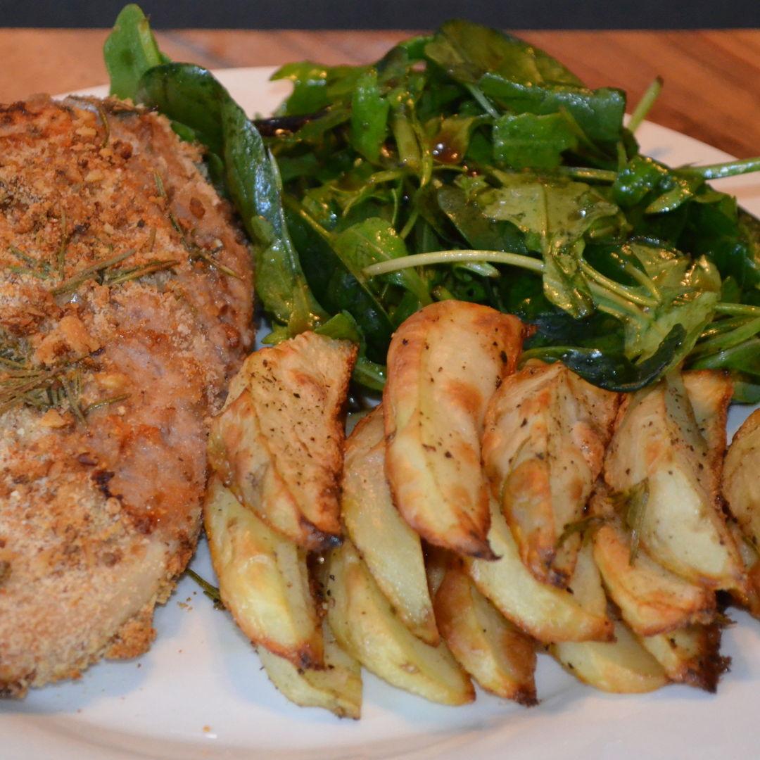 Date: 3 May 2020 (Sun) 115th Main: Walnut & Rosemary Crumbed Chicken Breast [333] [160.5%] [Score: 9.5] Cuisine: British Dish Type: Main