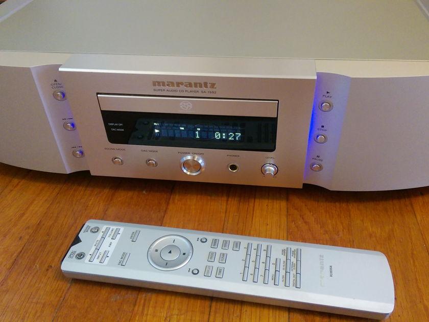 Marantz SA-15S2 Reference SACD/CD Player with Remote & Box