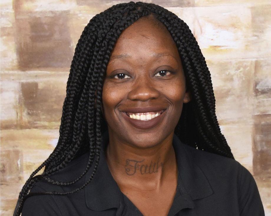 Vineshawa Manning , Early Preschool Teacher