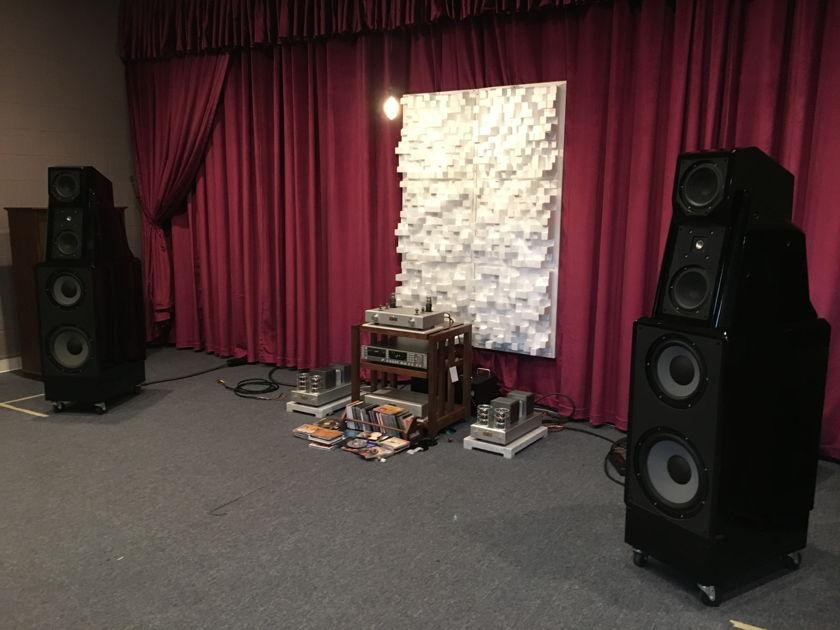 Wilson Audio Maxx 2