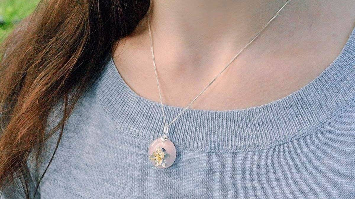 lotus pink rose quartz pendant - lotus fun