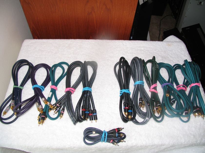 Straight Wire & Monster Cable interconnects ( 1 )1/2 neter ( 9 )1 meter ( 2)  2 meter