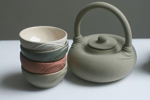 Чайный набор. Чайник, сахарница и 3 пиалы