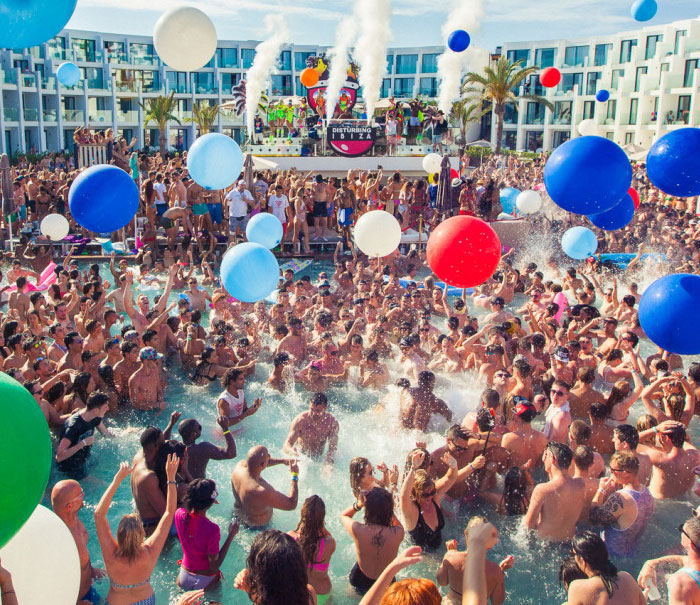 Hard Rock Hotel Ibiza Pool party, daylife ibiza
