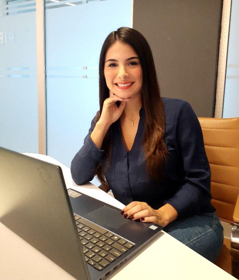 Iris Rodríguez, Calis Real Estate