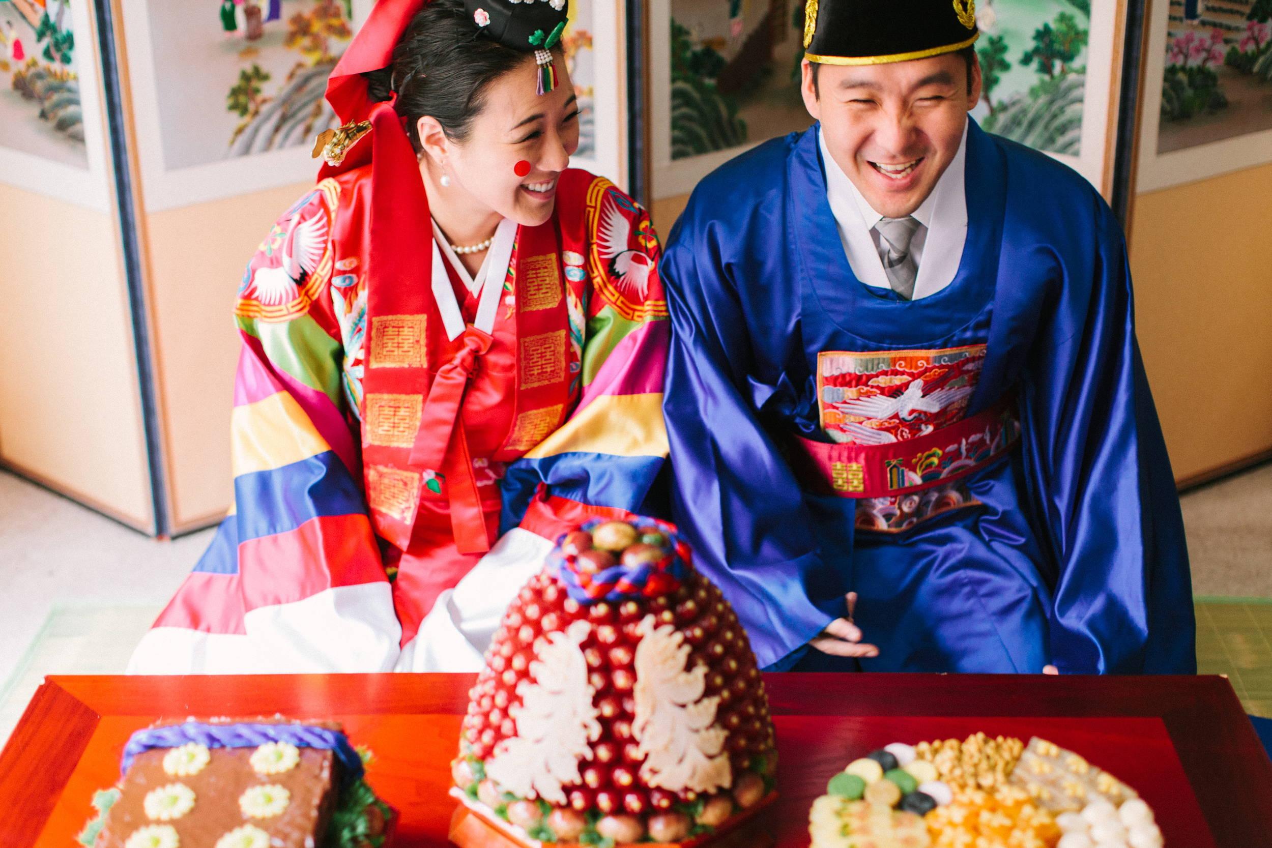 KOREAN TRADITIONAL PAEBAEK TEA CEREMONY TABLE