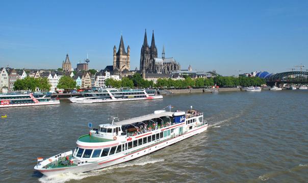 Кельн: вечерний круиз по Рейну