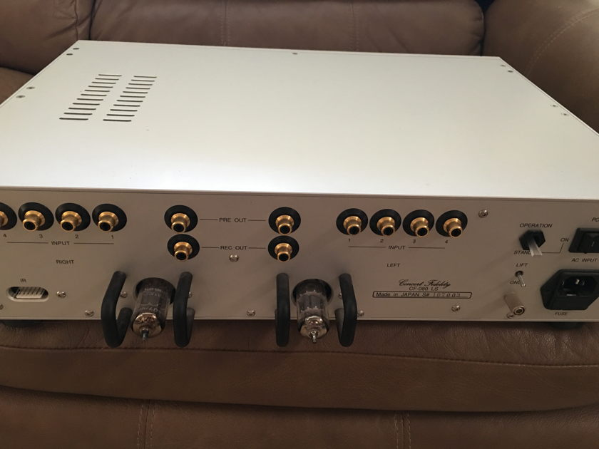Concert Fidelity  LS-080 Tube Preamplifier  ( very nice preamp)