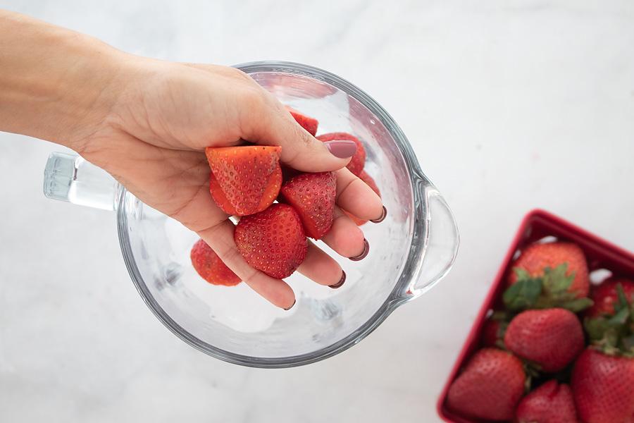keto strawberry daiquiri