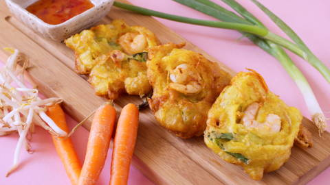 Cucur Udang Mamak (Prawn Fritters)