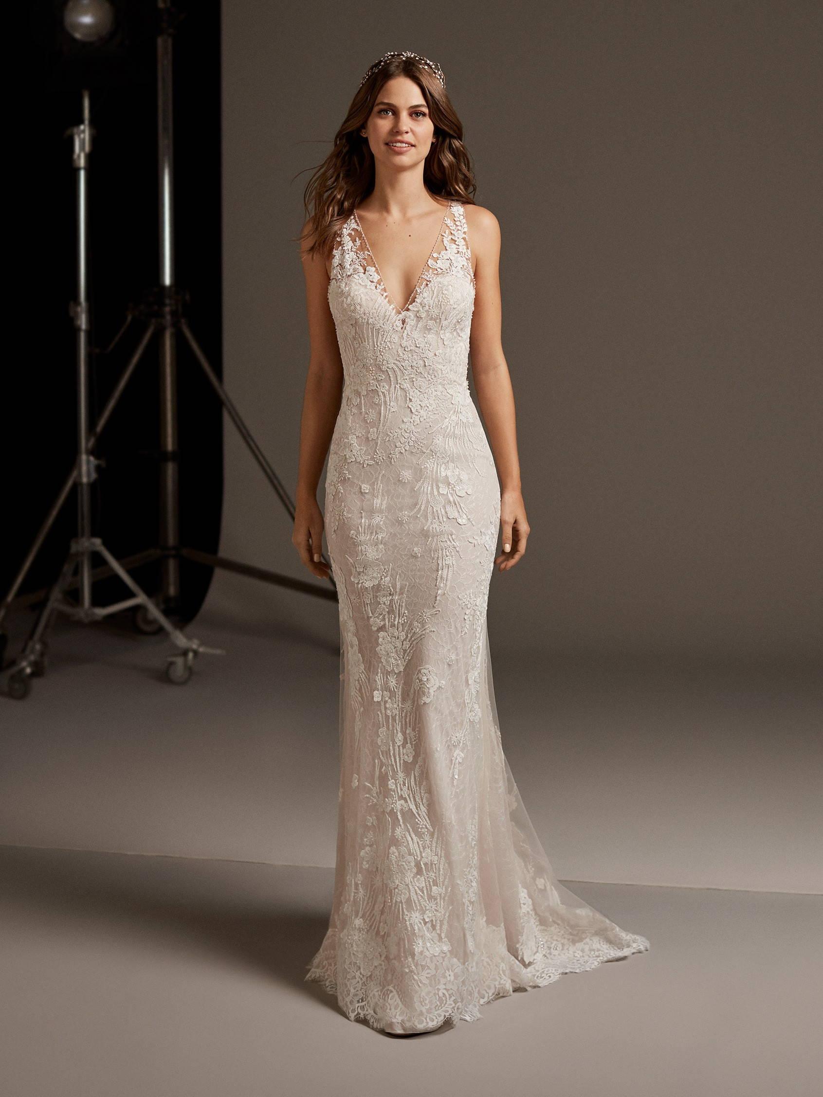 PRONOVIAS EOS WEDDING DRESS